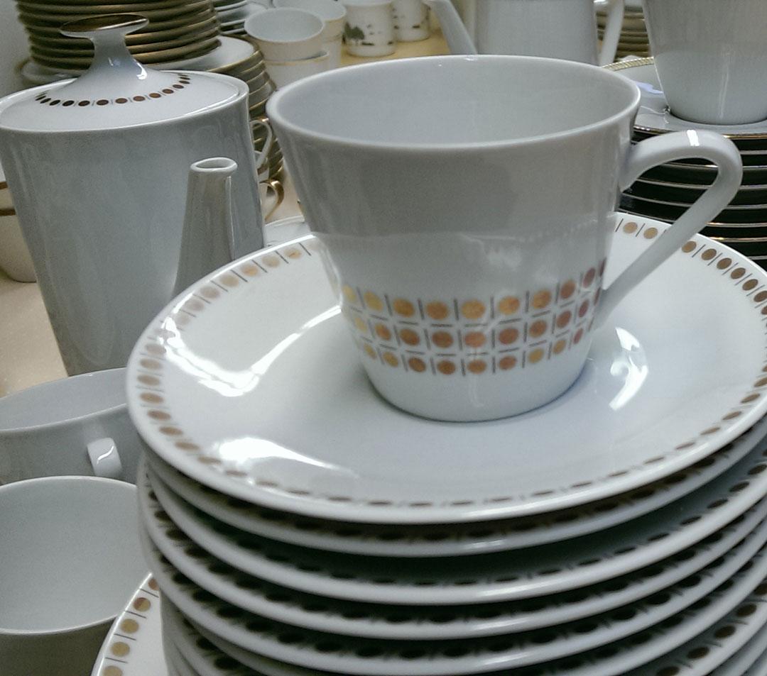 Fundstück - Kaffegeschirr aus dem Möbellager