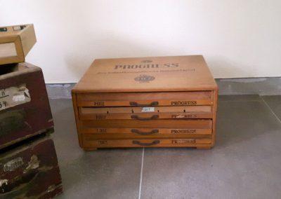 Fundstück Schublade - Umbau zum Beistelltisch