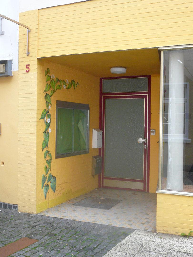 Vorher - Aussenansicht Eingang