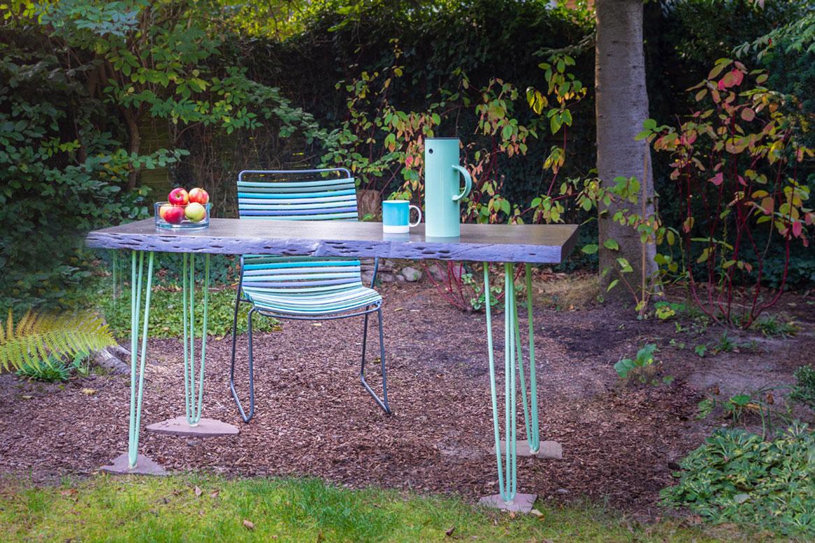Gartentisch auf neuen Beinen