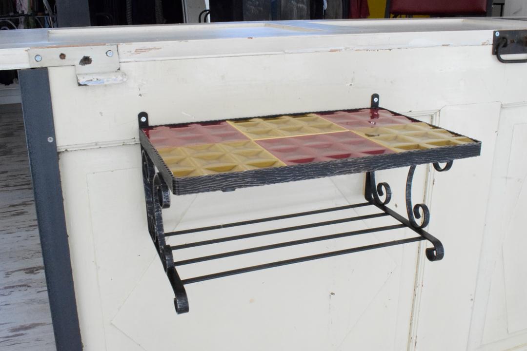 doppelpunkt design upcycling Detail Verkaufsraum Grosse Schmiede, Verden